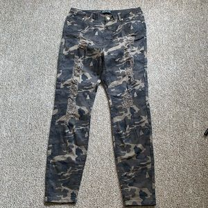 American Bazi Destroyed Camo Pants